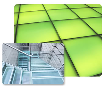 Laminated glass in a stairwell
